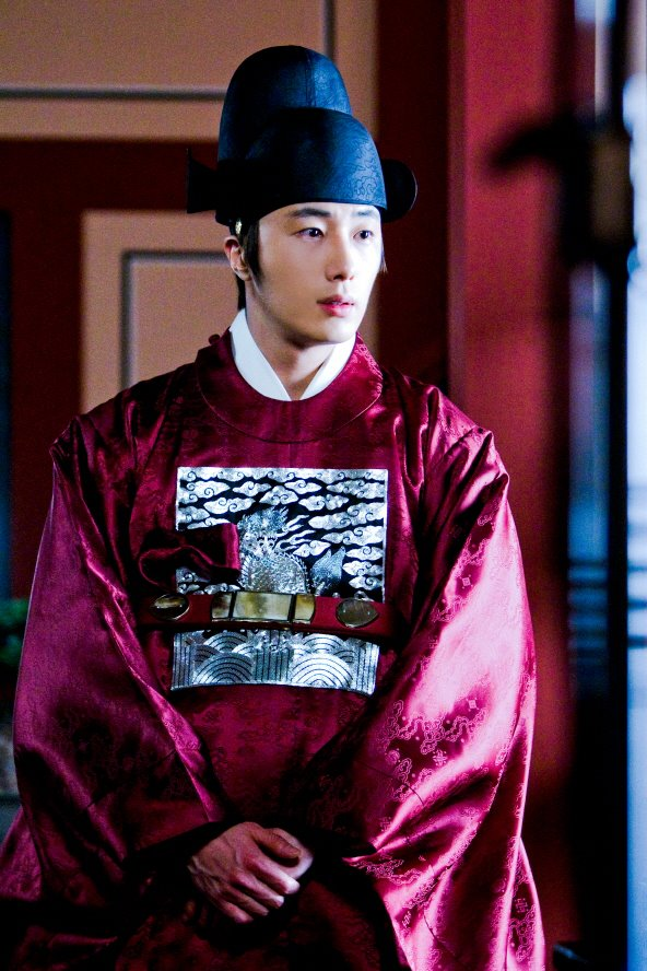 2012 Jung II-woo in the Moon that Embraces the Sun Episode 9,10 & 11 Extras 00001