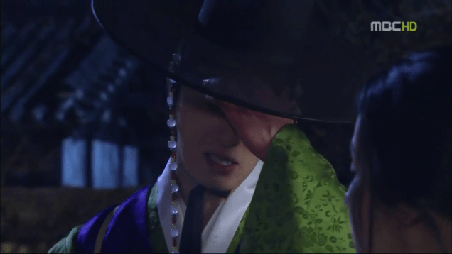 Jung II-woo in The Moon that Embraces the Sun Episode 15 00043