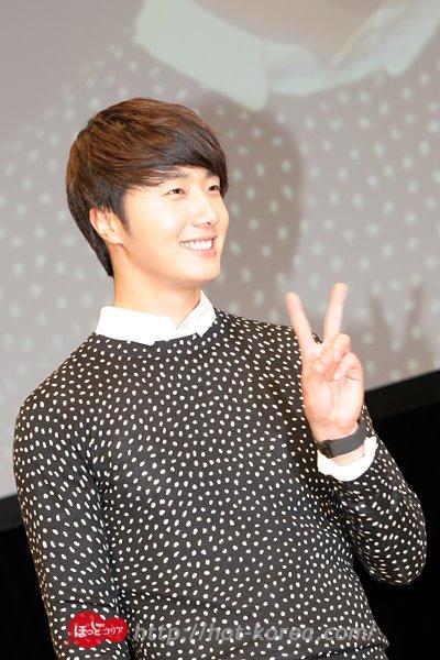 2012 4 8 Jung II-woo at Japan:Korea Festa00023
