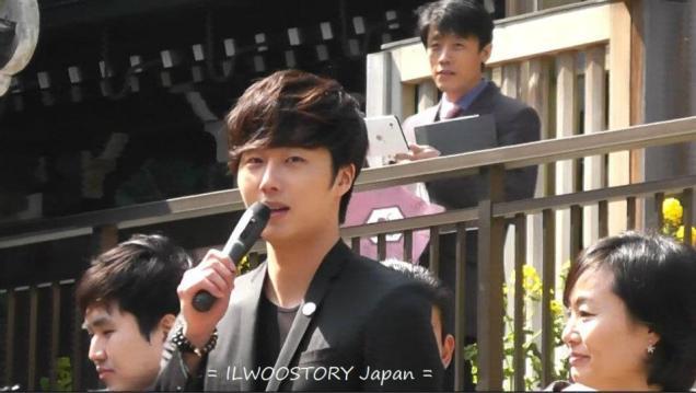 2012 4 9 Jung II-woo at Koma Temple in Hidaka Japan.00022