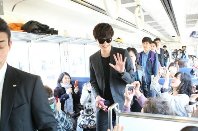 2012 4 9 Jung II-woo at Koma Temple in Hidaka Japan.00039