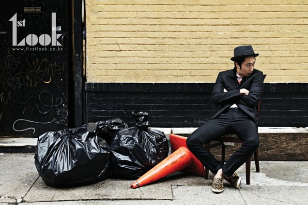 2012 4 Jung II-woo for First Look Magazine Vol. 19 New York, Ordinary 00008