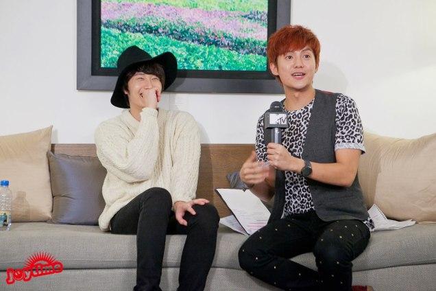 2012 10 23 Jung II-woo travels to Taiwan. I love JK Program HOST 2 00003