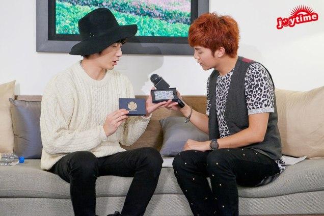 2012 10 23 Jung II-woo travels to Taiwan. I love JK Program HOST 2 00007