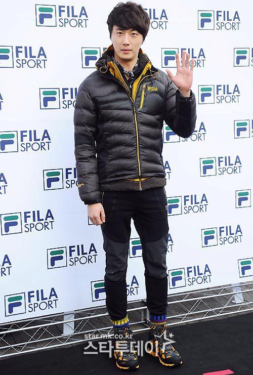 2012 11 3 Jung II-woo for FILA's Green Campaign00013