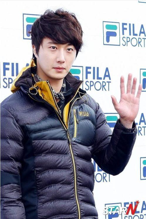 2012 11 3 Jung II-woo for FILA's Green Campaign00015