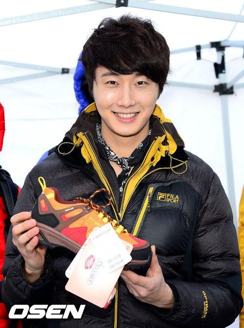 2012 11 3 Jung II-woo for FILA's Green Campaign00032