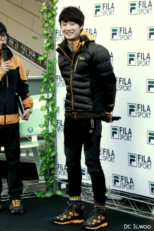 2012 11 3 Jung II-woo for FILA's Green Campaign00058