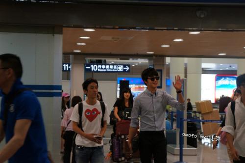 2012 6 15 Jung II-woo Shanghai Airport arrival00001