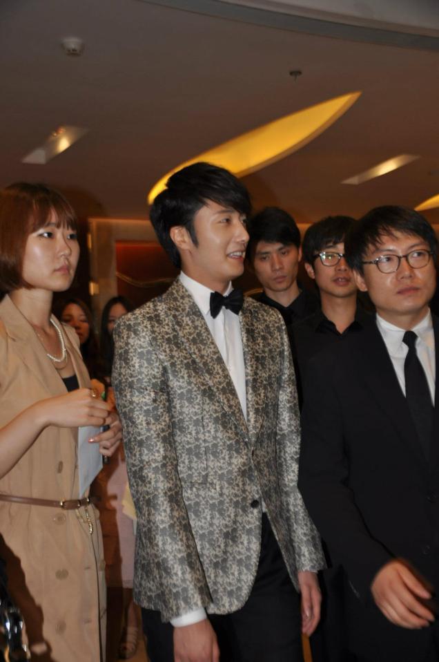 2012 6 15 Jung II-woo Shanghai TV Festival 00001