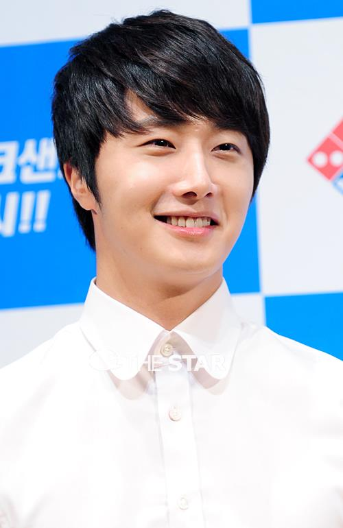 2012 6 Jung II-woo for Domino's Pizza 00012