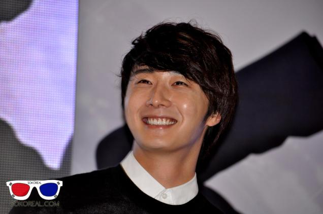 2012 9 23 Jung II-woo in Holika Holika's Fan Meet in Malaysia 00016