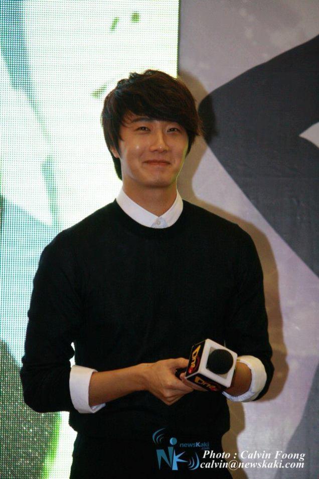 2012 9 23 Jung II-woo in Holika Holika's Fan Meet in Malaysia 00018