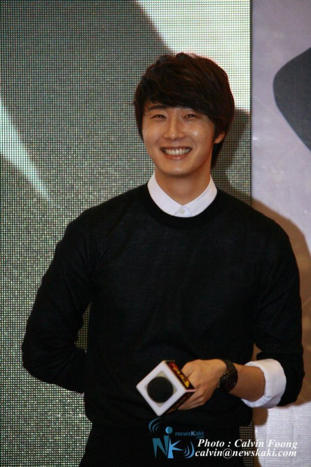 2012 9 23 Jung II-woo in Holika Holika's Fan Meet in Malaysia 00031