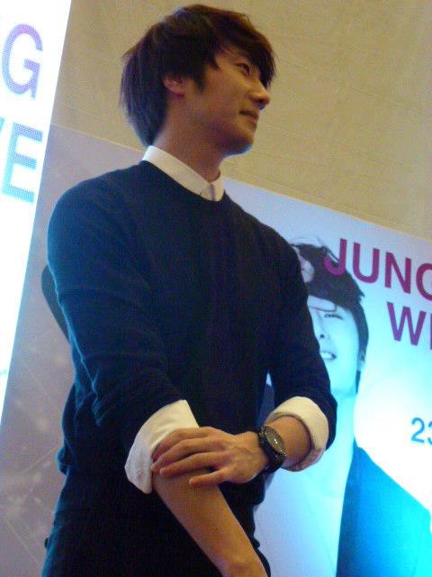 2012 9 23 Jung II-woo in Holika Holika's Fan Meet in Malaysia 00035