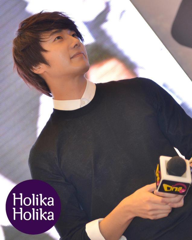2012 9 23 Jung II-woo in Holika Holika's Fan Meet in Malaysia 00044