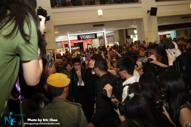 2012 9 23 Jung II-woo in Holika Holika's Fan Meet in Malaysia 00075