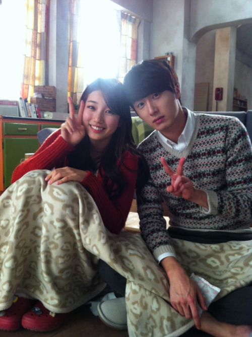 2012 Jung II-woo and Miss A Suzy BTS Domino's Pizza00002.jpg