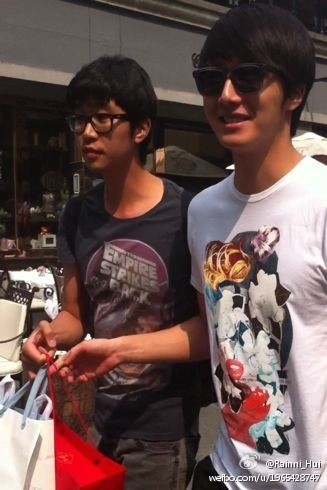 JUNG IL WOO Shopping in Shanghai 6-201200001