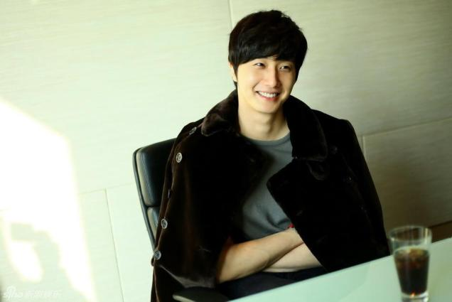 2013 1 6 Jung II-woo in an interview for Sina.com China 00002