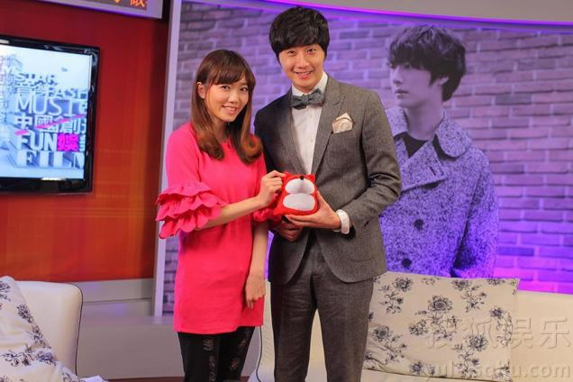 2013 1 6 Jung II-woo in an interview for sohu.com China 00008