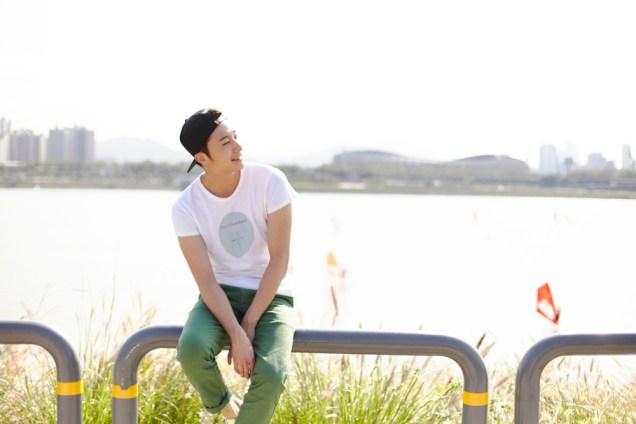 2013 10 Jung II-woo in Rainbow Photo Shoot #1 Cr. Kwon Yoon-sung00015