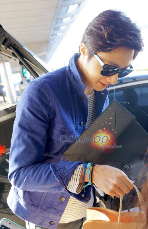 2013 2 22 Jung II-woo in Holika Holika Event in Myanmar (Airport Arriving back in Seoul) 00010
