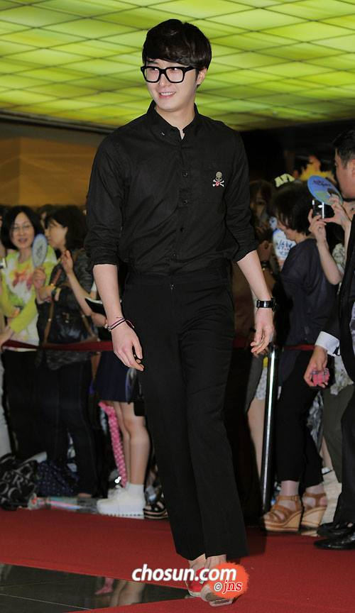2013 5 Jung II-woo at the VIP Premiere of the Movie Greatly in Secret00020