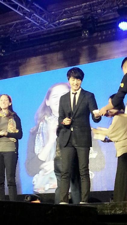 Jung II-woo at Taiwan's Fan Meeting 2012 12 8 Taken by Fans00005