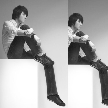 Jung II-woo We love you from hair to toes. The leg:foot edition.14