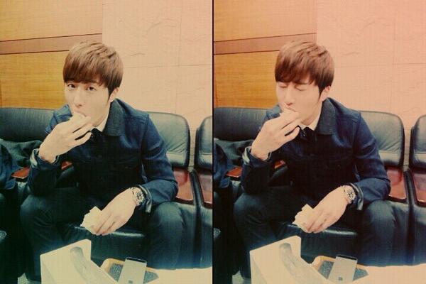 2014 02  Jung II-woo in photos he posted in various social media accounts. 10.jpg