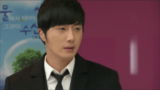 2014 Jung II-woo in Golden Rainbow Episode 30 19