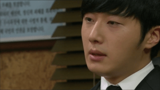 2014 Jung II-woo in Golden Rainbow Episode 31 1