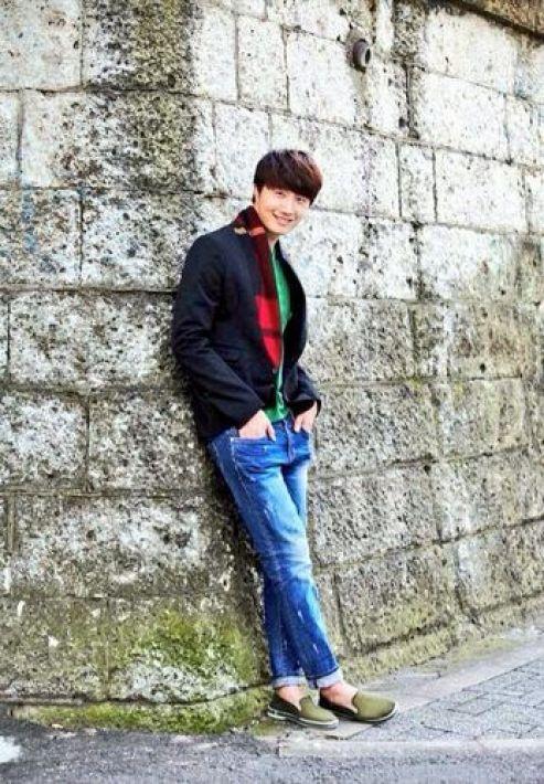 Jung Il-woo in UJIWP Feb-Mar 2014 7