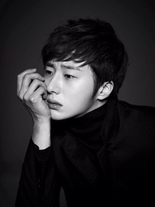 Jung Il-woo in various photos from interviews in April of 2014. 2