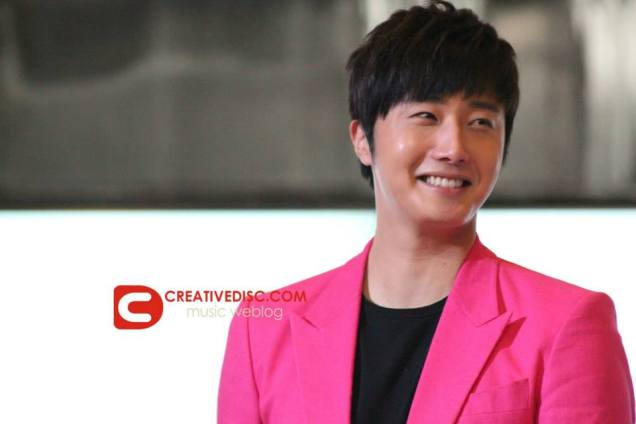 2014 5 27 Jung II-woo in Greet and Meet Holika Holika Greet and Meet 11