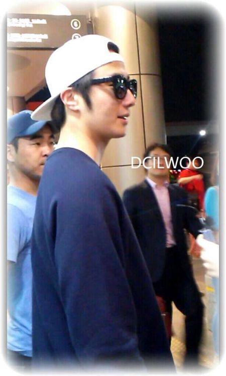 2014 6 11 Jung II-woo Japan Airport Departure 6