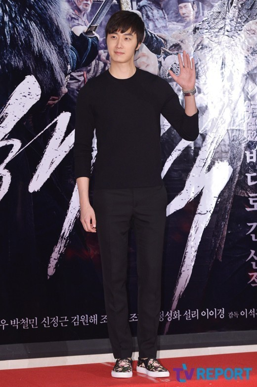 2014 7 29 Jung II-woo in the VIP presentation of Pirates. 10