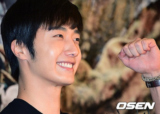 2014 7 29 Jung II-woo in the VIP presentation of Pirates. 5