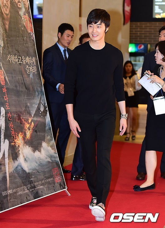 2014 7 29 Jung II-woo in the VIP presentation of Pirates. 6