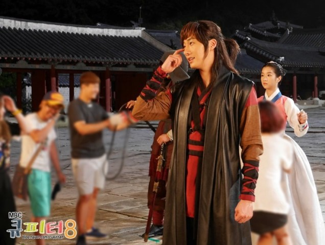 2014 7 Jung II-woo in The Night Watchman Journal Photo Shoot outside. Cr. Cupitter9 8