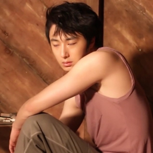 Jung Il-woo for Celebrity Magazine. July 2014. 00018