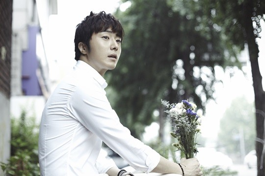 2014 9 Dating Jung II-woo Starcast.  15.jpg
