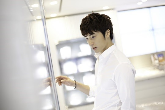 2014 9 Dating Jung II-woo Starcast. 6
