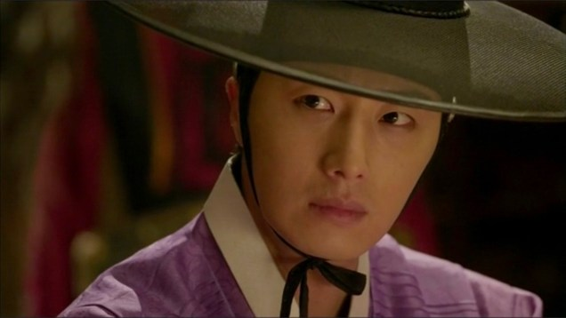 2014 9:10 Jung Il-woo in THe Night Watchman's Journal Episode 17 3