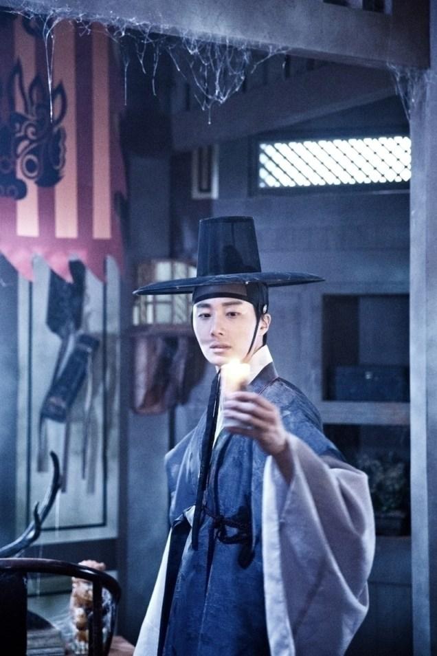 Jung II-woo in the Night Watchman's Journal Episode 7 BTS Part 2 Cr. jungilwoo.com 6