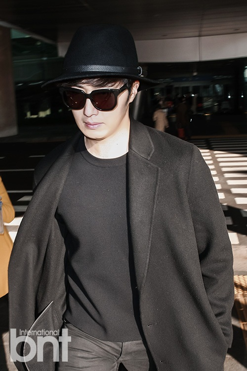 2014 10 29 Jung Il-woo at the Beauty Cosmo Awards in Shanghai, China. Airport Return to Korea 10