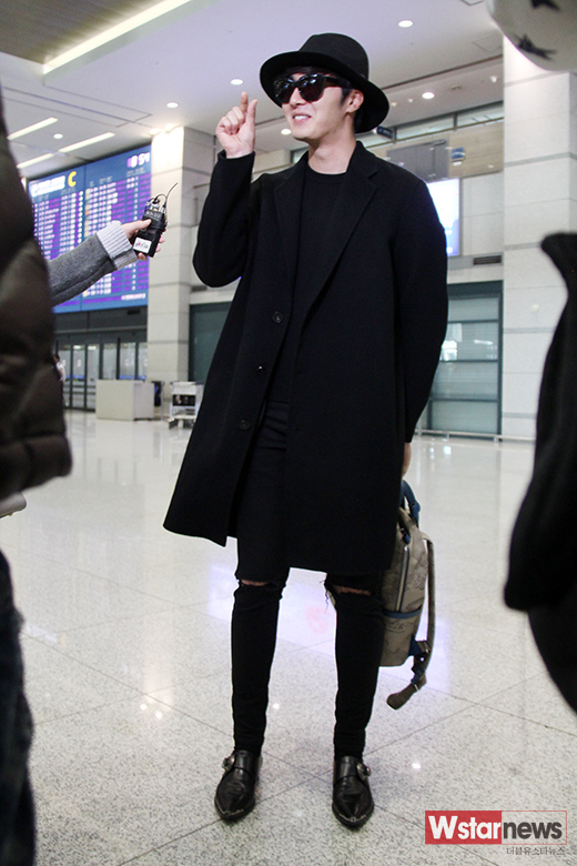 2014 10 29 Jung Il-woo at the Beauty Cosmo Awards in Shanghai, China. Airport Return to Korea 14