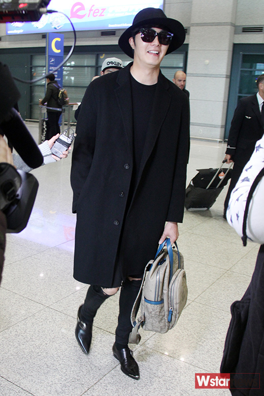 2014 10 29 Jung Il-woo at the Beauty Cosmo Awards in Shanghai, China. Airport Return to Korea 15