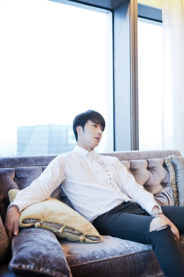 2014 10 29 Jung Il-woo at the Beauty Cosmo Awards in Shanghai, China. Interview 2 6